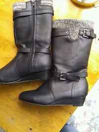 Girls size 4 boots Delaware, N0L 1E0
