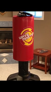Red and black wave master free standing heavy bag Kamloops, V2C 4H8