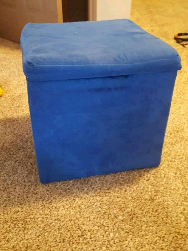 blue fabric padded ottoman chair