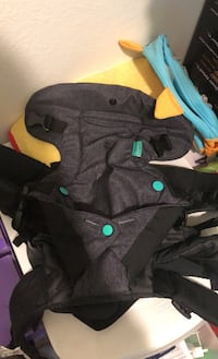 Baby carrier infantino