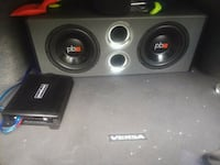 Two powerbass 10s with 800 watt powerbass amp. Clearwater