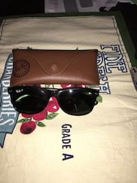 black Ray-ban sunglasses with brown leather case Bowie, 20720