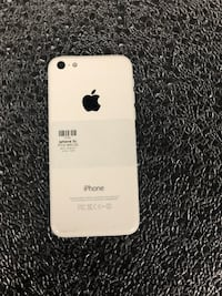 White iPhone 5c 16GB (CARRIER UNLOCKED)