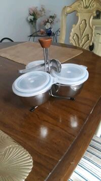 Serving Set/w spoons and lids Hamilton County, 45240