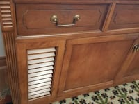 Lovely Sideboard, Hallway, Entertainment Console-FREE DELIVERY Whitchurch-Stouffville