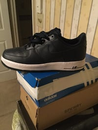 unpaired if black nike air force low 43 mi