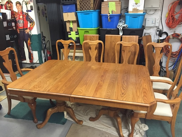 Used Keller Solid Oak Pedestal Table With Six Chairs Four Dude And - Where to buy table pads