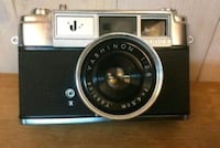 """Vintage YASHICA Model """"J"""" Camera-GREAT CONDITION! Weymouth, 02188"""
