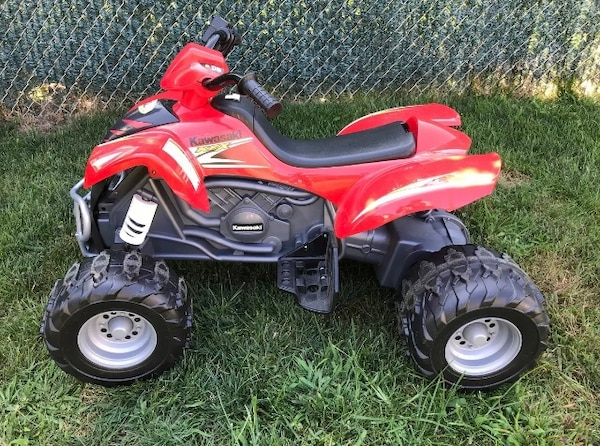 POWER WHEELS ATV 4 Wheeler Kawasaki KFX 12 Volt + New Extra Battery