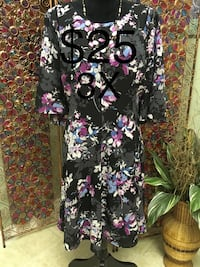 Ladies Size 3X Dress  Edmonton, T6L 6Z6