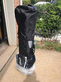 black and gray golf bag Herndon, 20171