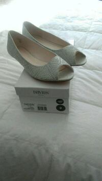 Beaded  Shoes size 9 low heel bridal.$35 or best offer Cecil County