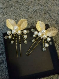Hair bobby pin accessory 2 gold leaf pearls and cr Brea, 92821