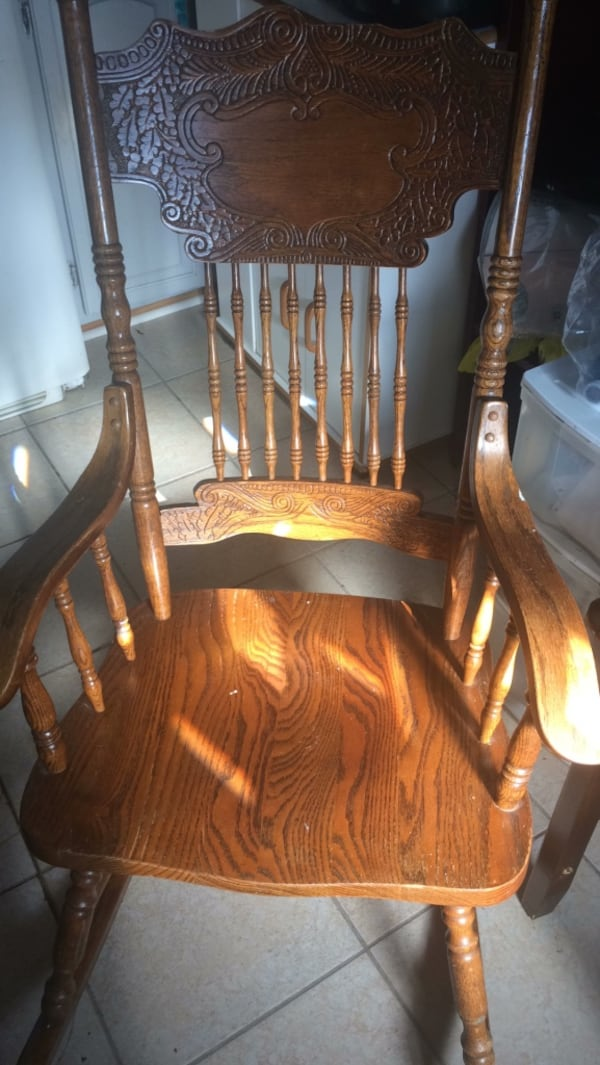 Antique rocking chair as is 0