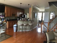 $950 One Bedroom w/ private bath availnow in luxury Townhouse $0 Deposit (Fairfax) FAIRFAX