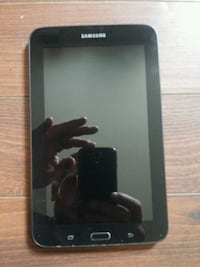 Samsung tablet 10 inch like new  London, N6B 2J8
