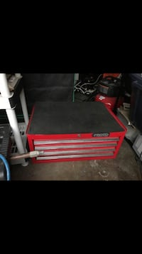 red and black metal tool chest San Diego, 92110