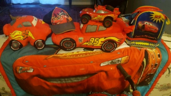 Lightning McQueen package deal f67aeaf1-dfc7-4c47-8915-0b57395cce68