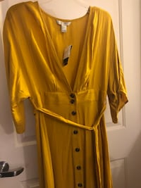 Forever 21 mustard dress size large Burbank, 91504