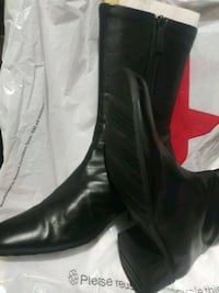 BEAUTIFUL ORIGINAL LEATHER FROM MACY'S #9 NEW! North Las Vegas, 89032