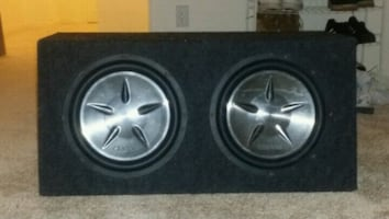 2 Clarion subwoofer in box