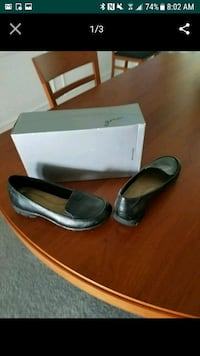 Women's shoes sz 7 new Maple Valley, 98038
