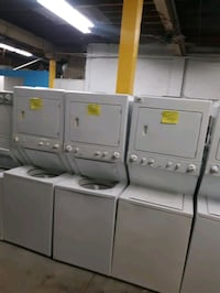 LAUNDRY CENTER WORKING PERFECTLY 4 MONTHS WARRANTY  Baltimore, 21201