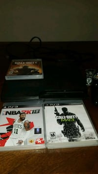 Ps3 with 2 controllers and chargers  Las Vegas, 89135