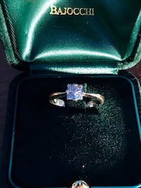 Diamond ring (18k gold) retails at $2k+ Arlington, 22202