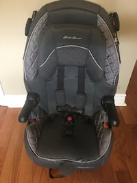 baby's black and gray car seat Oakville, L6M 2A1