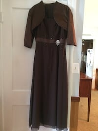 Mother of bride/groom long dress with jacket size 12 Hampton, 23661