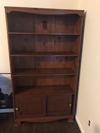 Wooden Bookshelf Washington, 20530