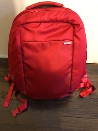 Incase Backpack- Like New  North Dartmouth, 02747