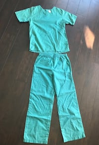 Gymboree Halloween costume doctor scrubs Edmonton