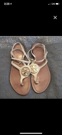 pair of brown leather thong sandals Griffin, 30223