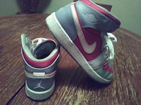 grey-and-pink air jordan 1 North Las Vegas, 89030