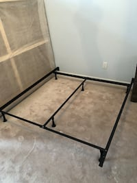Queen size bed frame Milton, L9T 6W7