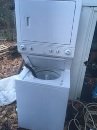 Kenmore stackable washer and dryer Kearney, P0A