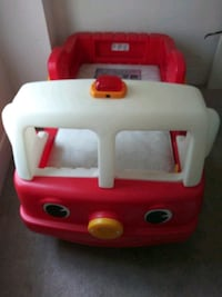 Step 2 Fire Engine Toddler Bed ages 2-5 Grove City