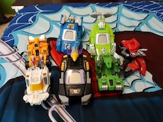 six assorted plastic transformer cars toy