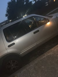 Ford - Explorer - 2004 San Antonio