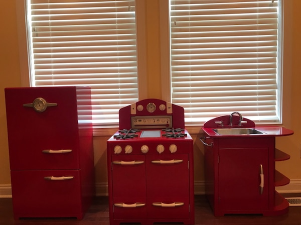 Pottery Barn Kids - 3pc Red Retro Kitchen including Ice Box, Sink and Oven  - EUC