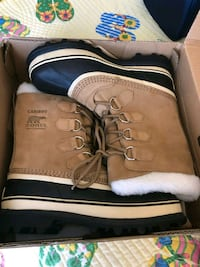 New Woman's Sorel Caribou Boots. Size 8 Rockville, 20850