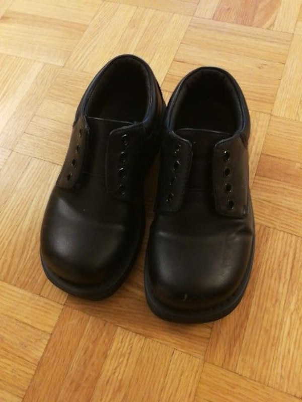 Boy's formal shoes like new