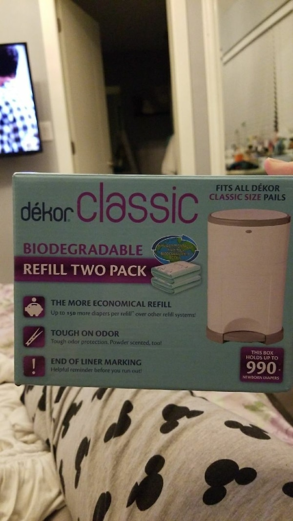 white and gray Dekor Classic biodegrable refill tw