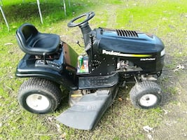 Poulan riding mower