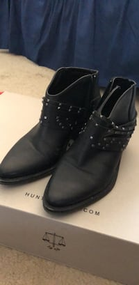 pair of black leather boots Rockville, 20852