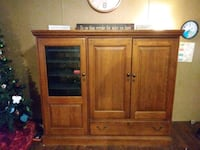 Real wood entertainment center Central, 70770