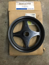 New Ford 6.0L OEM Powersteering Pulley Townsend, 19734