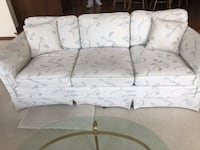 White And light blue  floral 3-seat sofa Washington, 48094